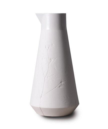 Carafe Geranium Maculatum white porcelain, 1L