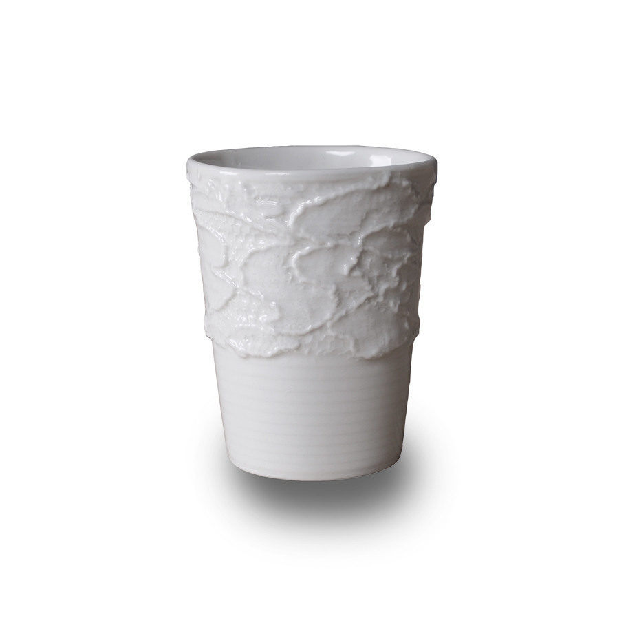 porcelain Espresso cup with lace, Tepi