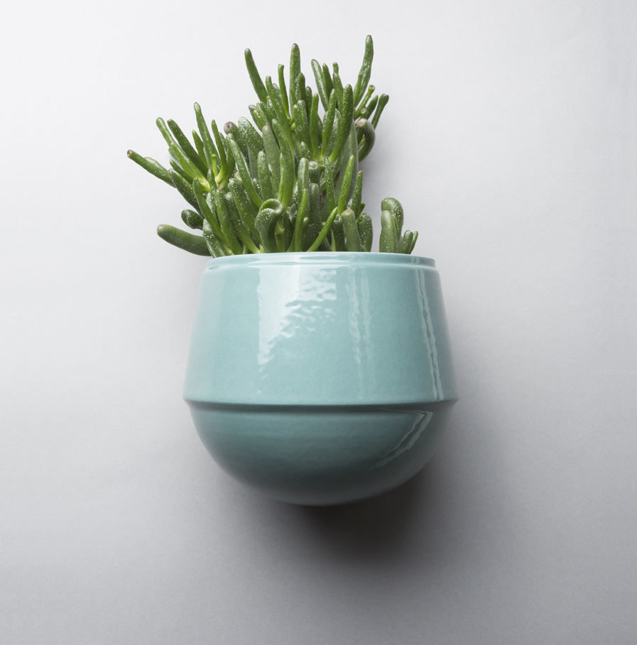 Wall pot Babylon turquoise, Suspense Wall Collection